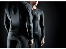 现可通过VR社交平台Somnium Space竞标VR体感套装Teslasuit
